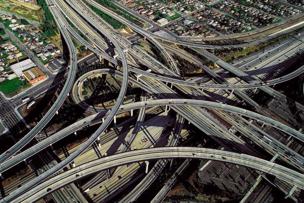Functionele problemen van de wereldwijde infrastructuur. Werving in Rusland en CURRENT economische uitdagingen 2014